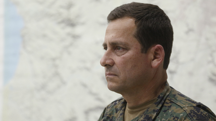 """General Iturriaga dice que """"nunca queremos hacerle daño a las personas"""", pero pide que """"no provoquen a la fuerza militar"""""""