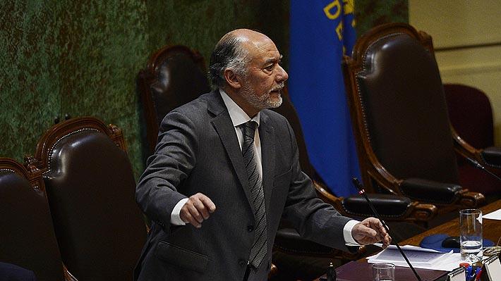"""Presidente de la Cámara llama al Gobierno a poner en tabla proyectos """"con sentido de urgencia"""""""