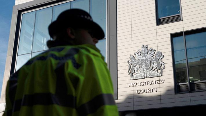 Conductor británico investigado por homicidio de 39 inmigrantes comparece ante un tribunal mediante videoconferencia