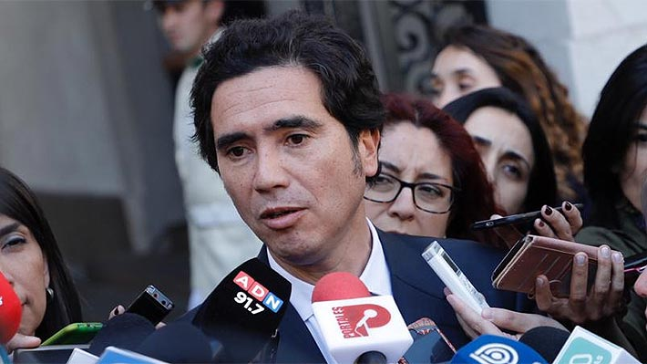 """Briones en su llegada a Hacienda dice que """"nada está grabado en piedra"""" y apela al diálogo con la oposición"""