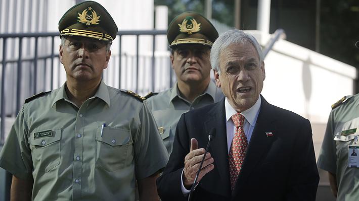 """Piñera entrega firme respaldo a Carabineros, pero reconoce que pudo """"haber errores"""" en procedimientos durante protestas"""