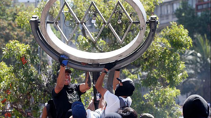 Decretan prisión preventiva para el primer imputado por daños en el Metro de Santiago