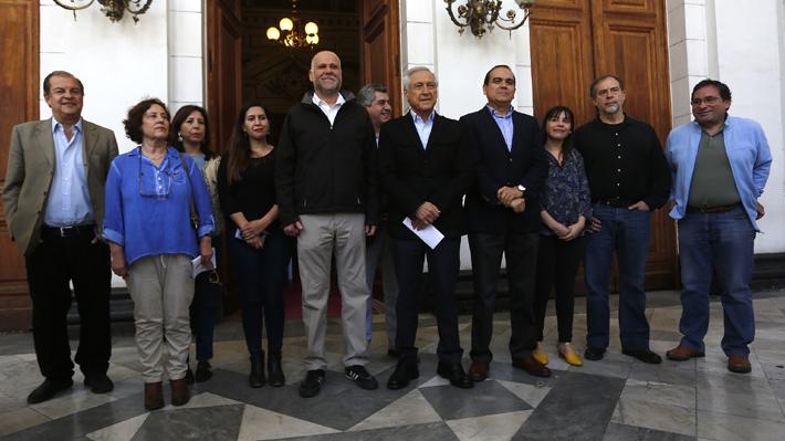 Convergencia Progresista entrega contrapropuesta a agenda social de Gobierno que exige plebiscito para nueva Constitución