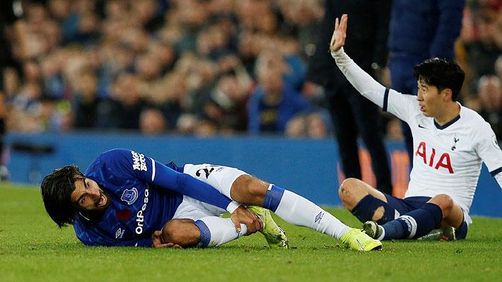 Mira la escalofriante y cruda lesión que sufrió un futbolista en la Premier y que causó conmoción total