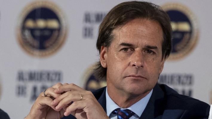 Lacalle Pou sella coalición con otros partidos opositores que podría llevarlo a la presidencia en Uruguay