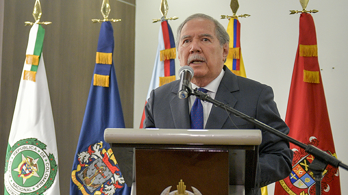 Ministro de Defensa de Colombia renuncia tras escándalo por acción militar que dejó ocho menores muertos