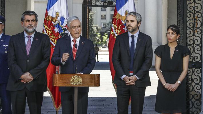 Oposición rechaza decisión de Piñera de convocar al Cosena y lo emplazan a llamar a plebiscito para una nueva Constitución