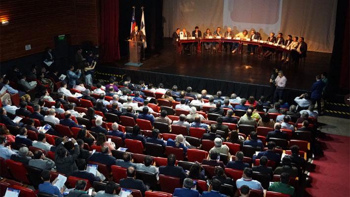 Cómo será el plebiscito convocado por 330 municipalidades: Se consultará por una nueva Constitución