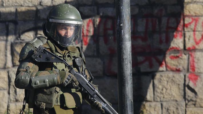 Presentan recurso de protección contra Carabineros para suspender uso de escopetas antidisturbios en manifestaciones