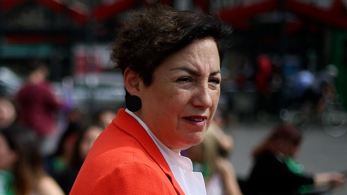 Beatriz Sánchez se desmarca de llamado de Guillier a adelantar elecciones y se enfoca en nueva Constitución