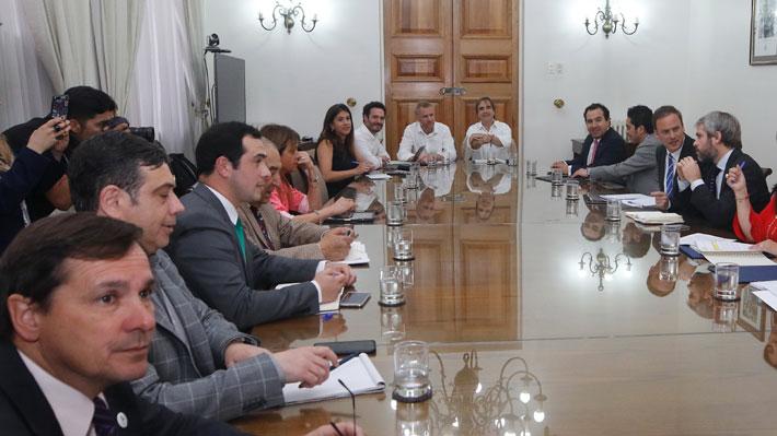 Chile Vamos espera que sectores de oposición se abran al diálogo tras anuncio de nueva Constitución