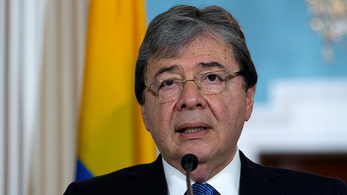 Duque nombra a canciller de Colombia como nuevo ministro de Defensa tras muerte de ocho menores en bombardeo