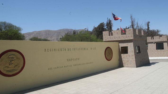 Tres militares y un civil resultaron heridos en ataque a regimiento en Copiapó