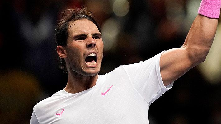 Nadal gana un partido de película: Remonta duelo casi perdido ante Medvedev y sigue vivo en Londres