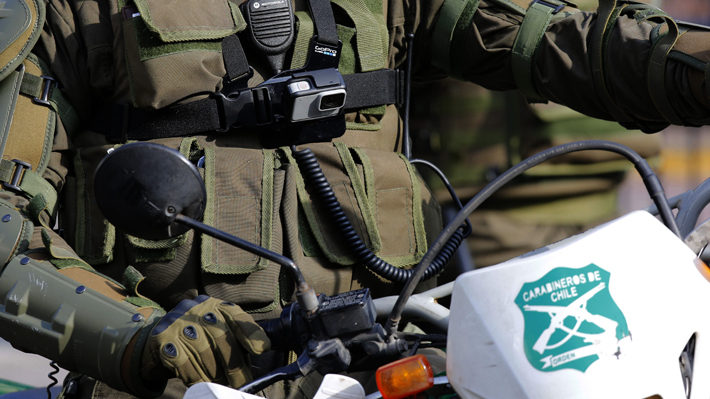 Saqueos simultáneos se registraron en Quilicura y cerca de 20 personas resultaron detenidas