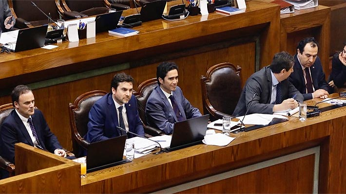 """Diputados inician debate del Presupuesto con énfasis en agenda social y Briones da cuenta de situación económica """"compleja"""""""