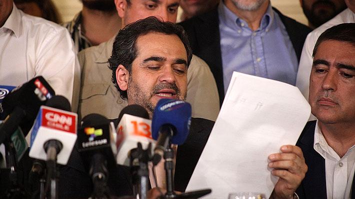 Los 12 puntos que incluye el histórico acuerdo que firmaron las fuerzas políticas para redactar una nueva Constitución
