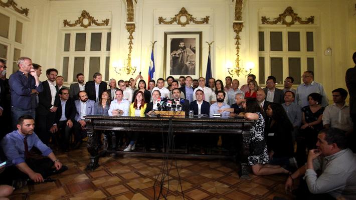 """Gremios empresariales celebran acuerdo por una nueva Constitución: """"Ha ganado la ciudadanía, la democracia"""""""