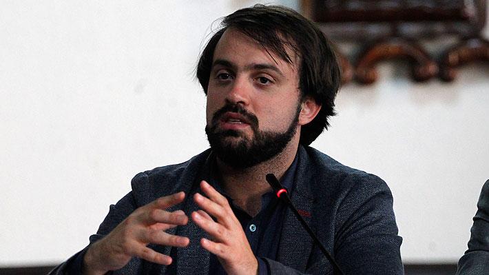 Jorge Sharp encabeza 73 renuncias a Convergencia Social tras conflicto por acuerdo de nueva Constitución
