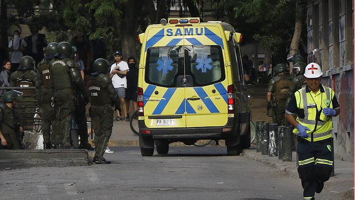 SAMU Metropolitano denuncia agresión de FF.EE. de Carabineros durante asistencia a joven fallecido en Plaza Italia