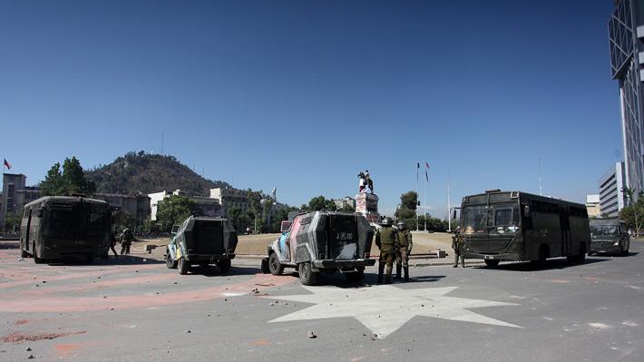 Carabineros confirma sumario administrativo tras muerte de manifestante en Plaza Italia