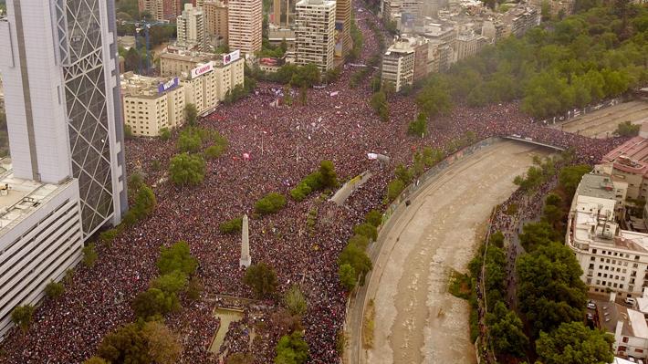 Los 10 hechos que resumen el mes de la crisis social en Chile