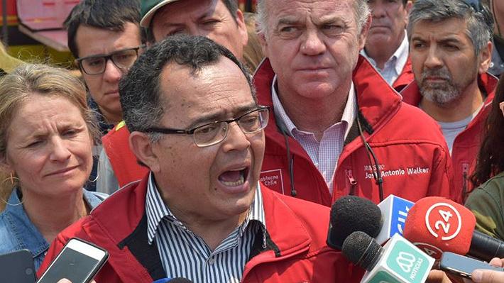 """Intendente de Valparaíso acusa """"intencionalidad"""" en incendio y advierte que """"podríamos haber tenido uno como el de 2014"""""""