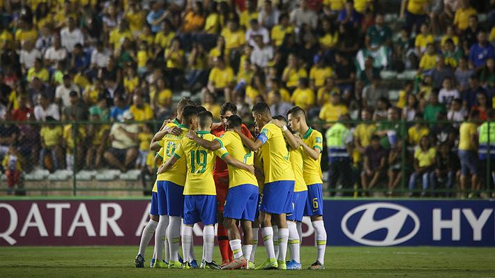 En un final de infarto y con polémica, Brasil remonta ante México y se proclama campeón de su Mundial Sub 17