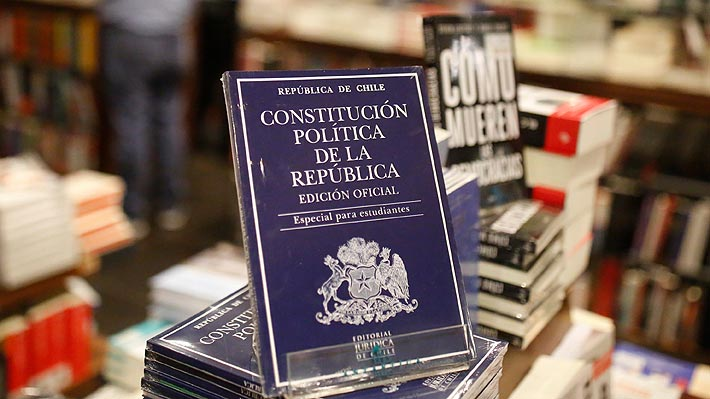 Cadem: 67% de encuestados valora positivamente acuerdo por nueva Constitución