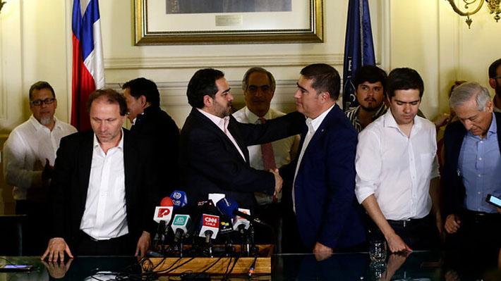 Miembros y plazos de la comisión técnica, la próxima negociación de los partidos de cara a la nueva Constitución