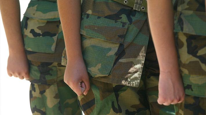 Servicio militar: Extienden horario de atención para eximirse tras largas filas de jóvenes