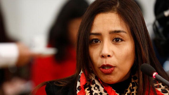 """Diputada Leuquén manifiesta """"arrepentimiento"""" por incidente en bar y asegura que mezcló medicamentos con alcohol"""
