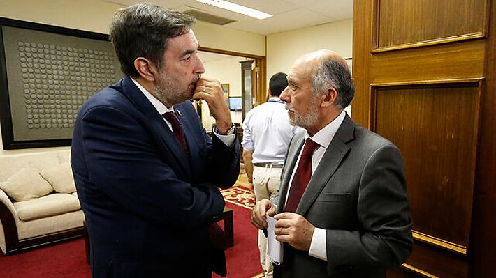 """Cámara y Servel llaman a """"apurar el tranco"""" para definir en diciembre el marco del plebiscito para una nueva Constitución"""