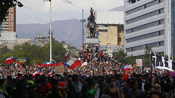 """OCDE y crisis en Chile: """"Fracaso o demora en implementar las reformas sociales"""" golpearía aún más las proyecciones del PIB"""