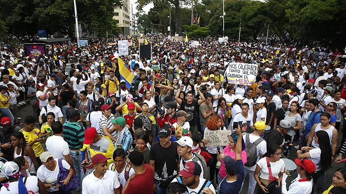 Paro en Colombia: Decretan toque de queda en Cali en jornada marcada por alta convocatoria