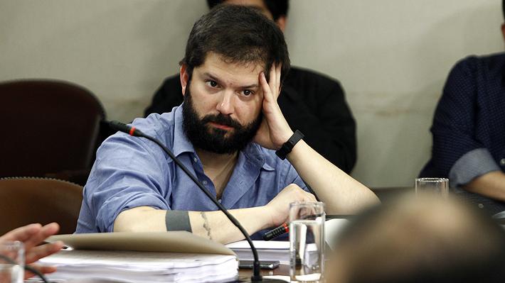 Tribunal Supremo de Convergencia Social congela militancia de Gabriel Boric tras firmar acuerdo por nueva Constitución