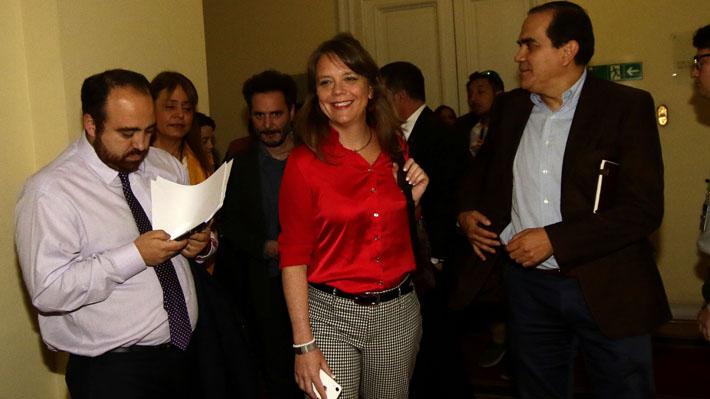 Sin acuerdo: Chile Vamos y oposición continuarán negociando mañana opción de añadir nuevas reglas al pacto constitucional