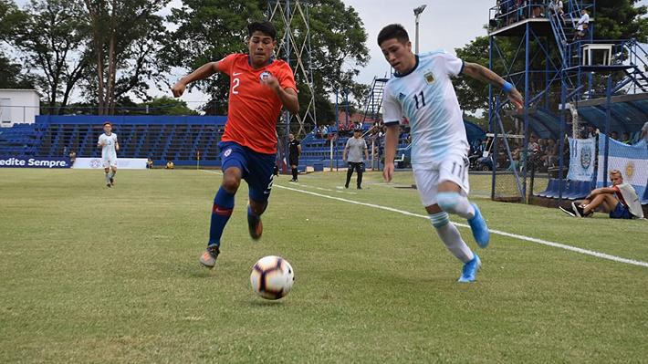 Chile sufre humillante goleada ante Argentina en el Sudamericano Sub 15