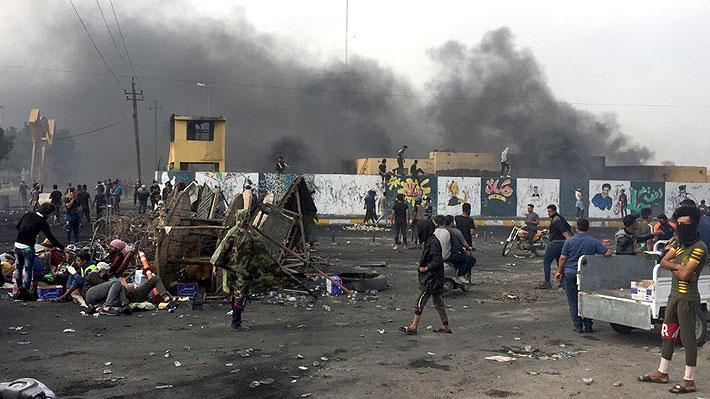 La violencia se propaga en protestas en el sur chií de Irak y deja 30 muertos