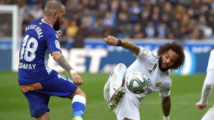 Video: El polémico gesto de un jugador del Alavés que desató la molestia de Sergio Ramos