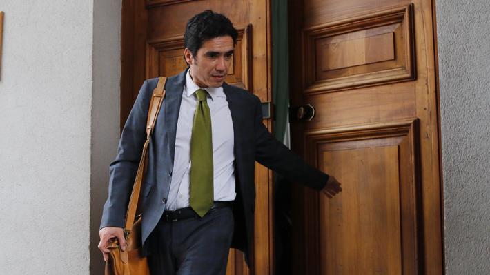"""Ministro Briones y mayor desempleo producto de crisis: """"Esto está ocurriendo más rápido de lo que preveíamos"""""""