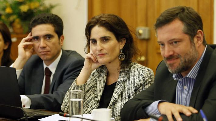 Gobierno presenta nueva propuesta a diputados y aumenta a $300.000 líquido el ingreso mínimo garantizado