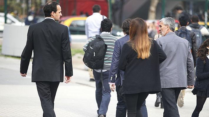 Posibilidad de recesión técnica, desempleo podría subir a 10% e impacto de las protestas en la economía: Las claves del IPoM