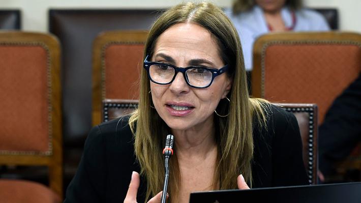 """Ministra Isabel Plá y crisis social: """"Cuando el país ve violencia, son las mujeres las que salen perdiendo"""""""