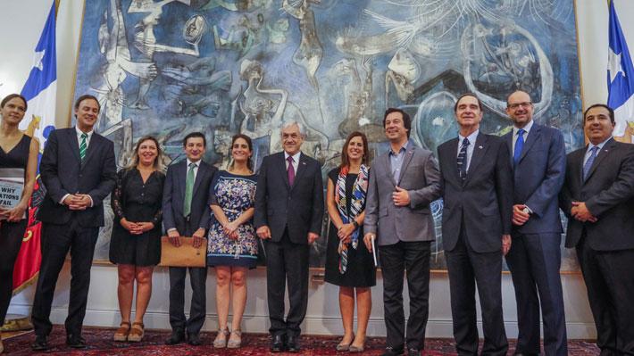 """Presidente recibe propuestas de organizaciones contra la impunidad previo a lanzamiento de """"agenda antiabusos"""""""