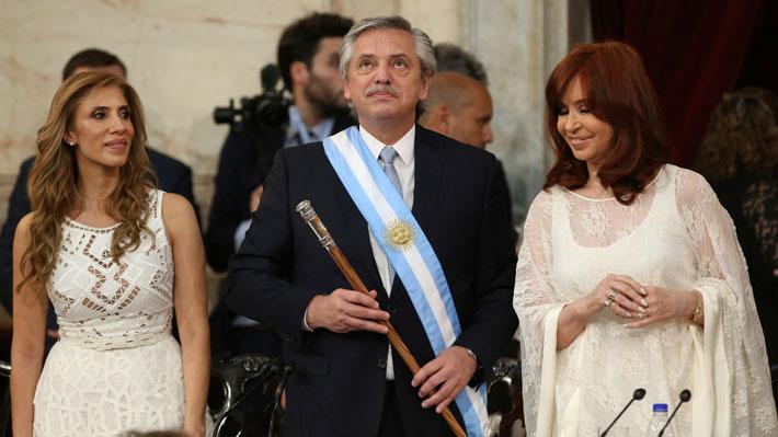 Fernández juró como Presidente: Citó a Néstor Kirchner y anunció varias medidas para combatir la crisis económica