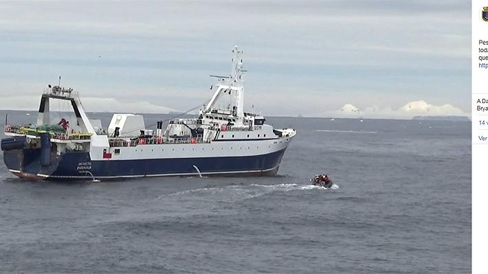 """Así es el Antarctic Endeavour, el buque privado que detectó las esponjas """"que podrían ser parte"""" de los estanques del Hércules"""
