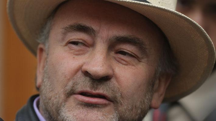 """Diputado Pepe Auth dice que políticos que votan para """"quedar bien"""" son """"la llegada del encapuchamiento al Congreso"""""""