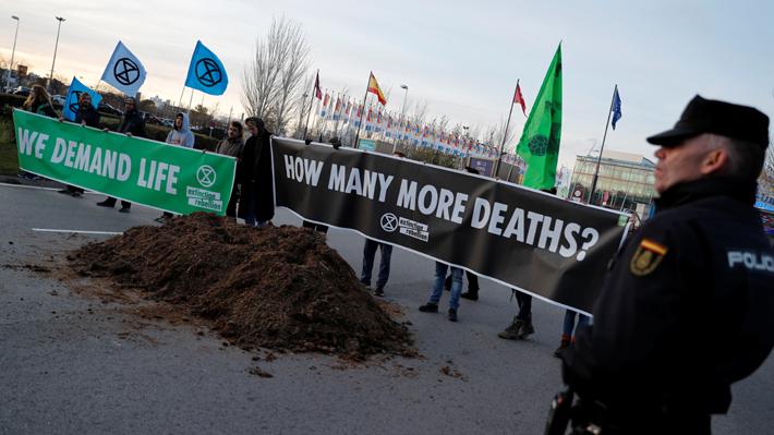 COP25: Disgusto por documento que presentó Chile genera intensas negociaciones y alarga otro día más la cumbre
