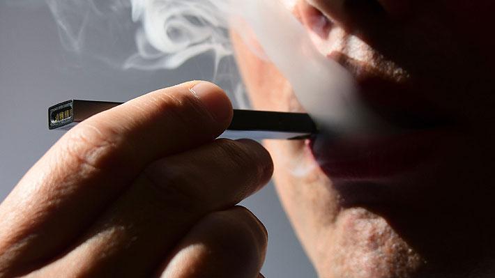 Senado de EE.UU. aprueba aumento de edad mínima para comprar tabaco, cigarrillos electrónicos y vapeadores